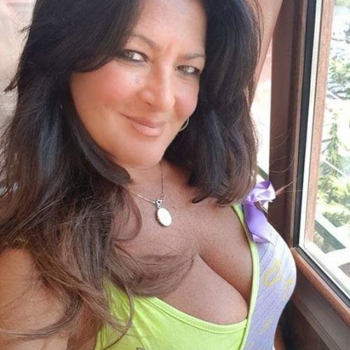 Süße NRW Lady sucht junge Sexkontakte