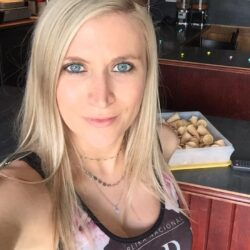Reife Frau, habe gerne AO Sex in Bielefeld