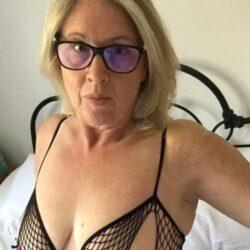 Reif und geil auf Sex in Moers